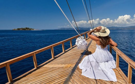 Blue Karma Oracle Yacht - Indonesia | Cosy Places Luxe por C&C